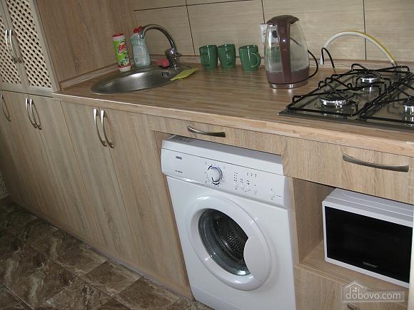 Квартира в тихому районі, 2-кімнатна (53099), 016