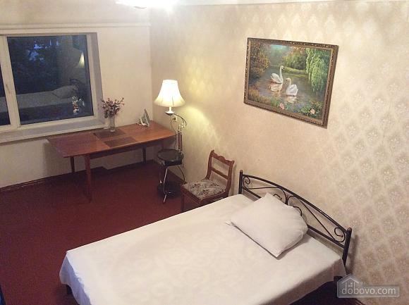 Кімната в центрі міста, 1-кімнатна (84639), 003