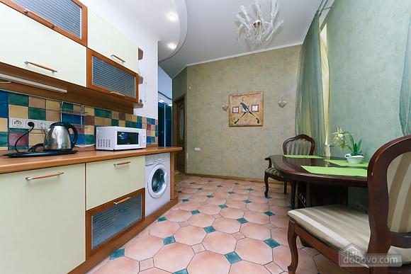 Большая раздельная квартира в центре, 2х-комнатная (43189), 014