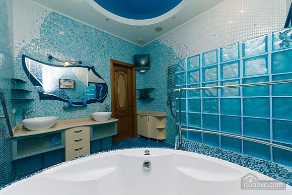 Большая раздельная квартира в центре, 2х-комнатная (43189), 018