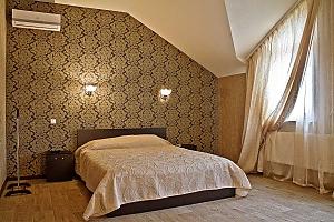 Pallada, Six (+) Bedroom, 001