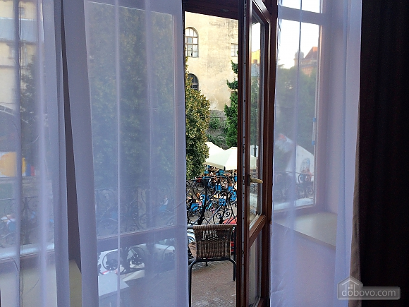 Romantic apartment with balcony views, Un chambre (48004), 013