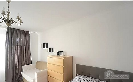 Апартаменты возле метро Шулявская, 1-комнатная (89001), 010