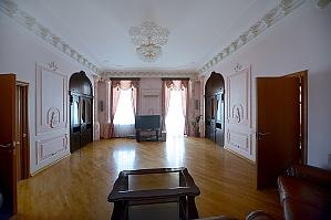 Вместительные пятикомнатные апартаменты в стиле ампир Идеально подходят для туристических групп, 5ти-комнатная, 004