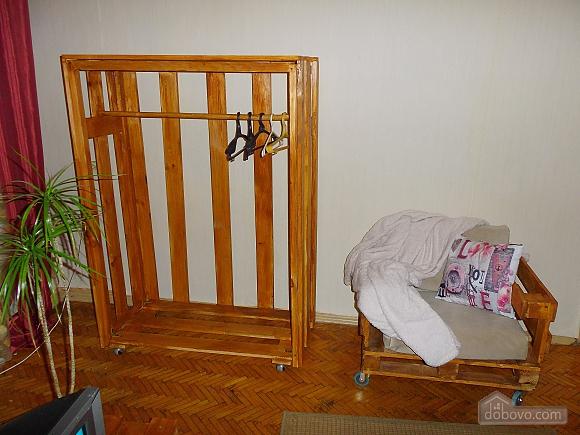 Apartment near Druzhby Narodiv metro station, Studio (46539), 008