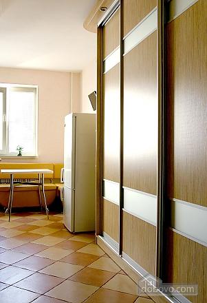 Ambiente Crema, Studio (32873), 004