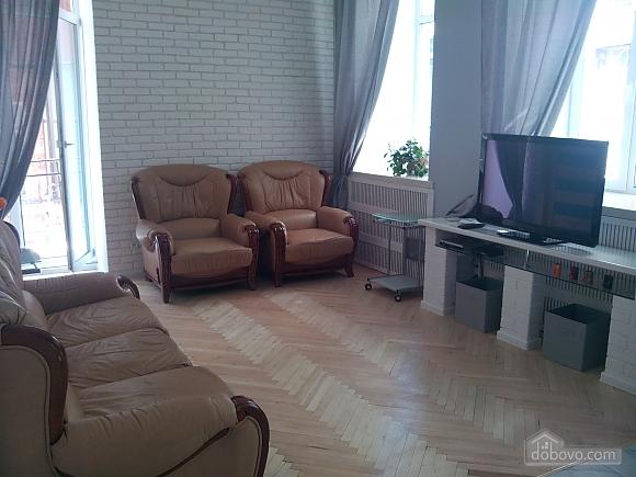 Михайловская, 2х-комнатная (33676), 004
