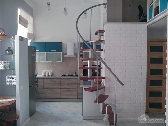 Михайловская, 2х-комнатная (33676), 005