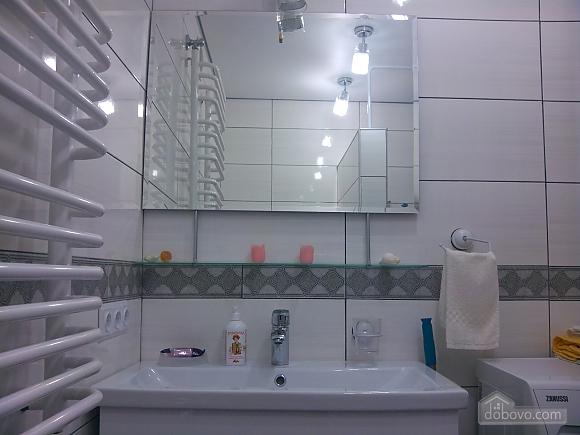 Михайловская, 2х-комнатная (33676), 012