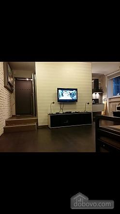Студія з окремою спальнею недалеко від моря, 2-кімнатна (96291), 003