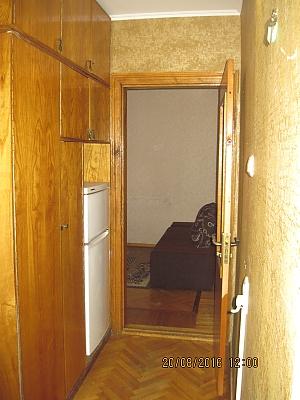 Квартира біля музею Коцюбинського, 2-кімнатна, 004