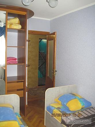 Квартира возле музея Коцюбинского, 2х-комнатная (63430), 005