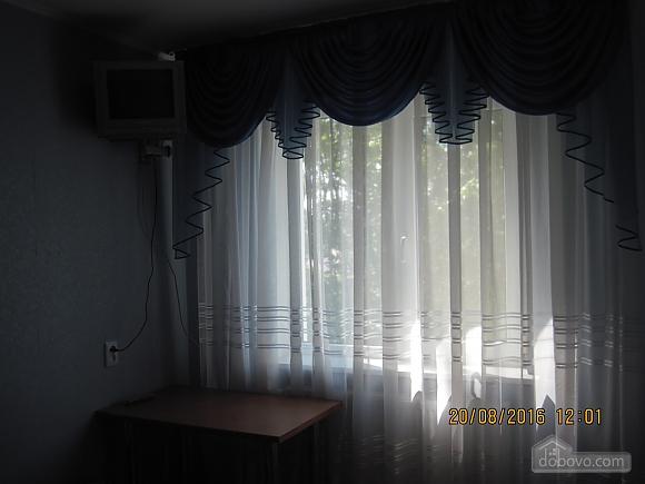 Квартира возле музея Коцюбинского, 2х-комнатная (63430), 006