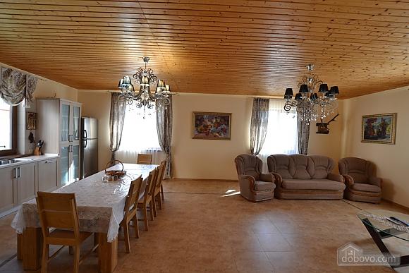 Загородный дом на берегу Черного моря, 5ти-комнатная (82707), 004