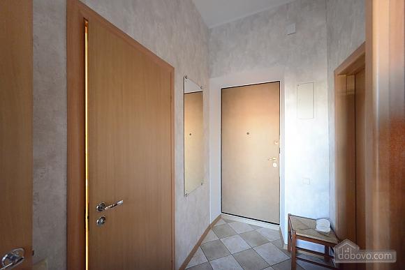 Простора сучасна дизайнерська студія з балконом в самому центрі Києва, 1-кімнатна (44894), 013