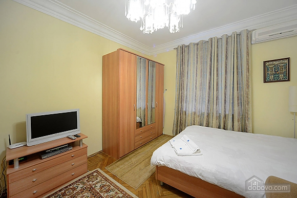 Amazing spacious equipped by last word of technics apartments in the center of Kiev, Studio (68925), 004