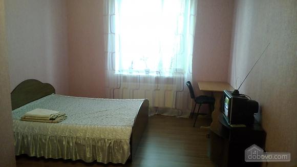 Квартира в районе рынка Урожай, 1-комнатная (82314), 001