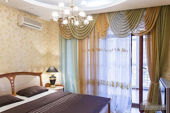 Роскошные апартаменты с двумя спальнями у моря в Аркадии, 3х-комнатная (46011), 003