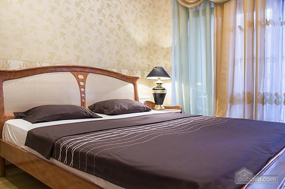 Роскошные апартаменты с двумя спальнями у моря в Аркадии, 3х-комнатная (46011), 001