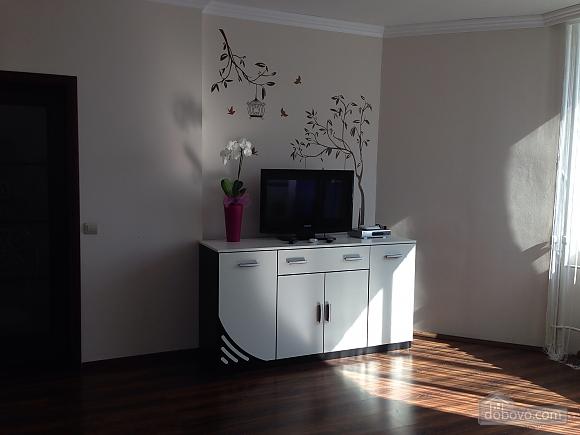 Apartment near Osokorky metro station, Studio (70993), 004