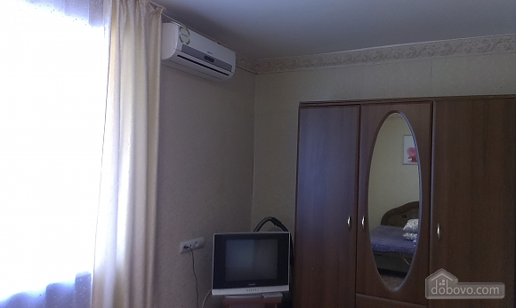 Apartment near Malyi rynok, One Bedroom (95348), 004