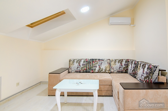 Cozy apartment with balcony in the heart of city, Una Camera (88963), 003