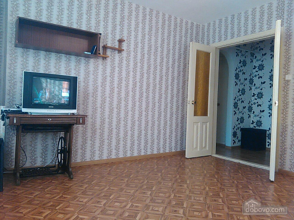 Cozy apartment near the embankment of Dnepr, Studio (91605), 003