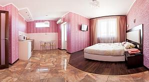 Suite in the mini hotel, Studio, 002
