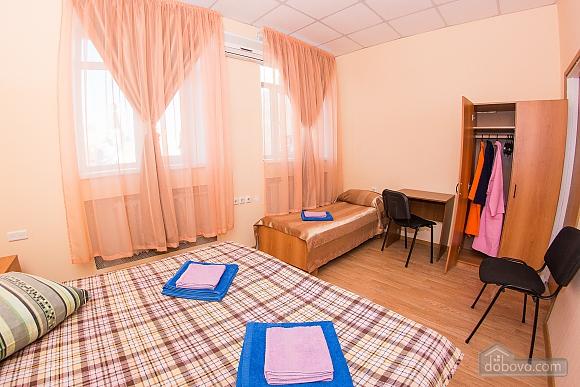 Сімейний номер 1, 1-кімнатна (21068), 006