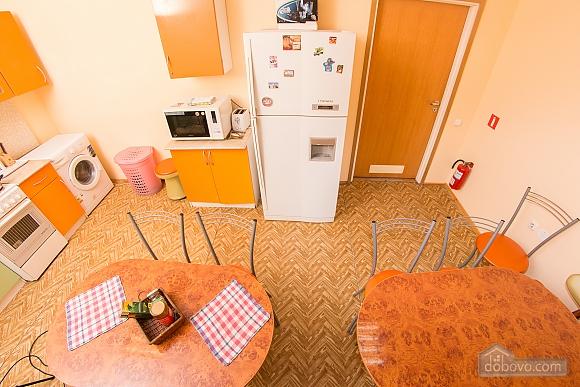 Сімейний номер 1, 1-кімнатна (21068), 012