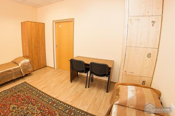 Четырехместный номер 1, 1-комнатная (86924), 001