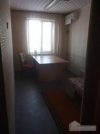Room near Obolon metro station, Studio (47565), 002