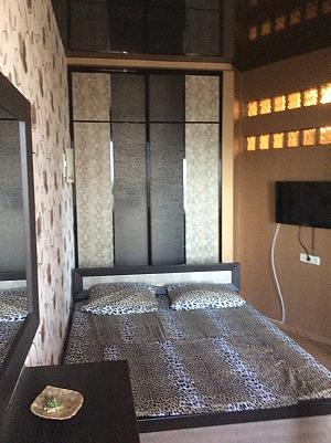 Стильна студіо, 2-кімнатна, 001