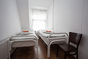 Hostel Peter and the Wolf Double room with separate beds, Studio, 002