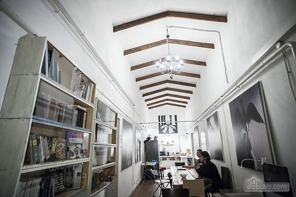 Хостел Петя і Вовк Двомісний номер без вікна з двох'ярусною ліжком, 1-кімнатна (65457), 002