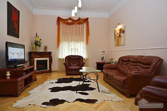Шикарная квартира в тихом центре, 2х-комнатная (79586), 011