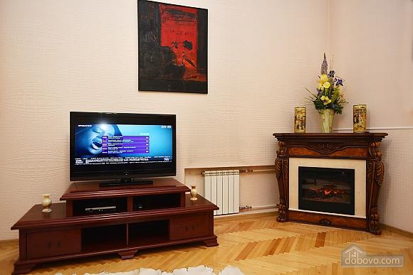 Шикарная квартира в тихом центре, 2х-комнатная (79586), 015