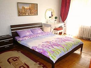 Apartment on Tairova  near Nezalezhnosti square, Studio, 001