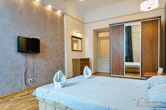 Studio apartment in the center of Lviv, Studio (53405), 005
