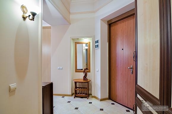 Studio apartment in the center of Lviv, Studio (53405), 019