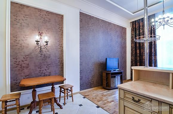 Studio apartment in the center of Lviv, Studio (53405), 020
