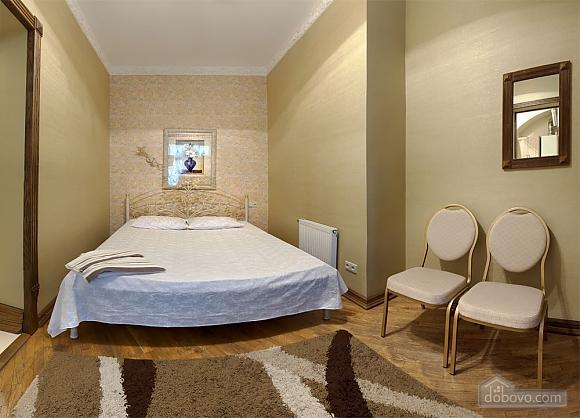 Cozy apartment in the center of Lviv, Studio (30364), 001