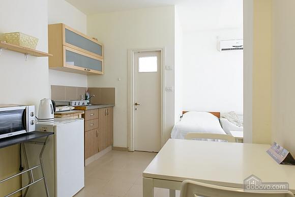 Уютная квартира-студио в Тель-Авиве, 1-комнатная (56080), 005
