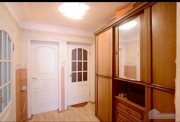Apartment in a quiet courtyard in Podil, Una Camera (70601), 013