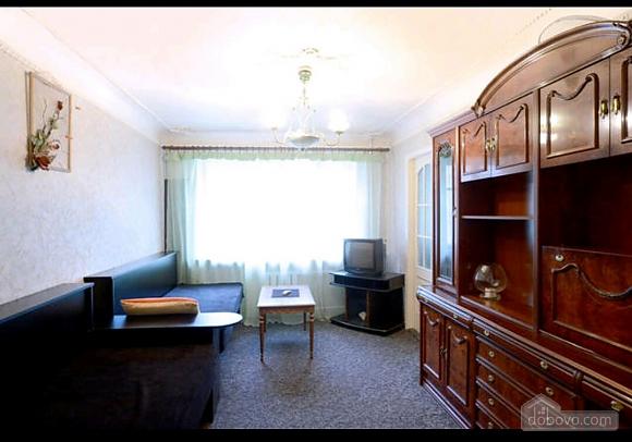 Apartment in a quiet courtyard in Podil, Una Camera (70601), 005