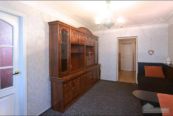 Apartment in a quiet courtyard in Podil, Una Camera (70601), 003