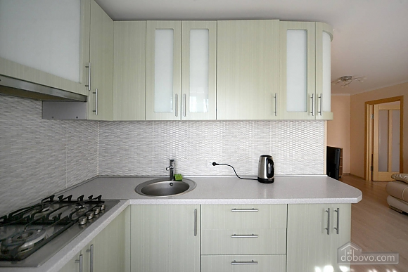 Quiet cozy apartment opposite the park in the center of Kiev, Una Camera (55256), 009
