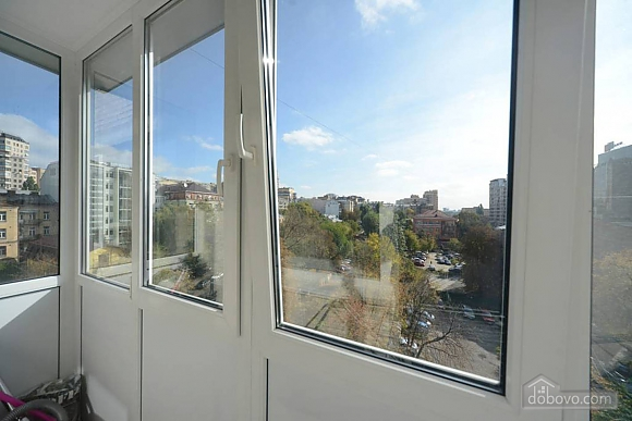 Quiet cozy apartment opposite the park in the center of Kiev, Una Camera (55256), 015