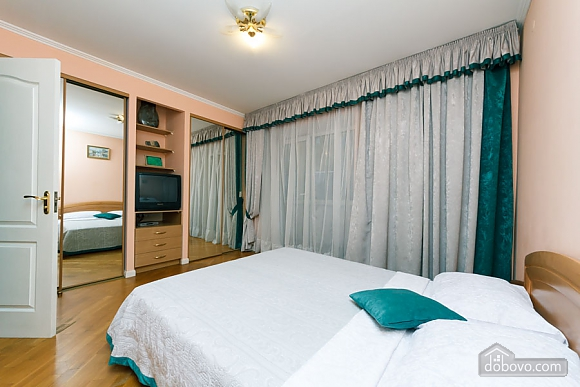 Apartment on Maidan, Una Camera (39323), 009