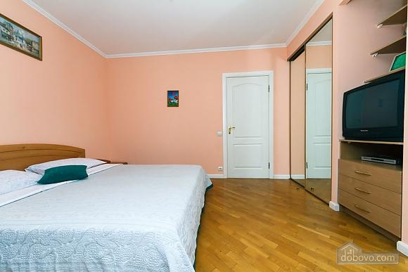 Apartment on Maidan, Una Camera (39323), 010